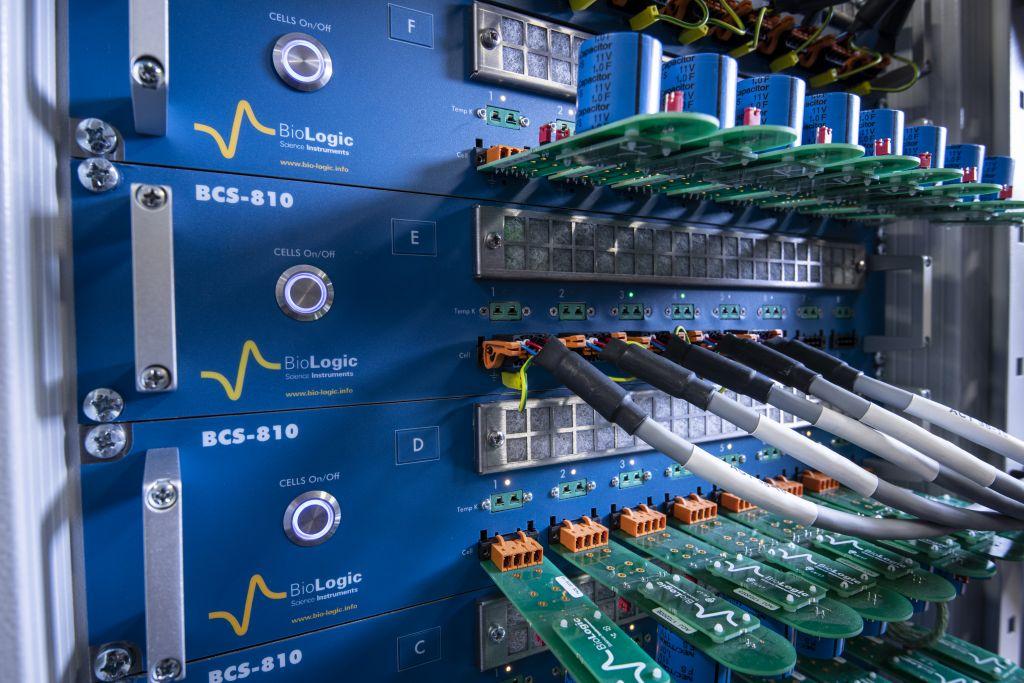 BCS-810 akkumulátor teszt állomás
